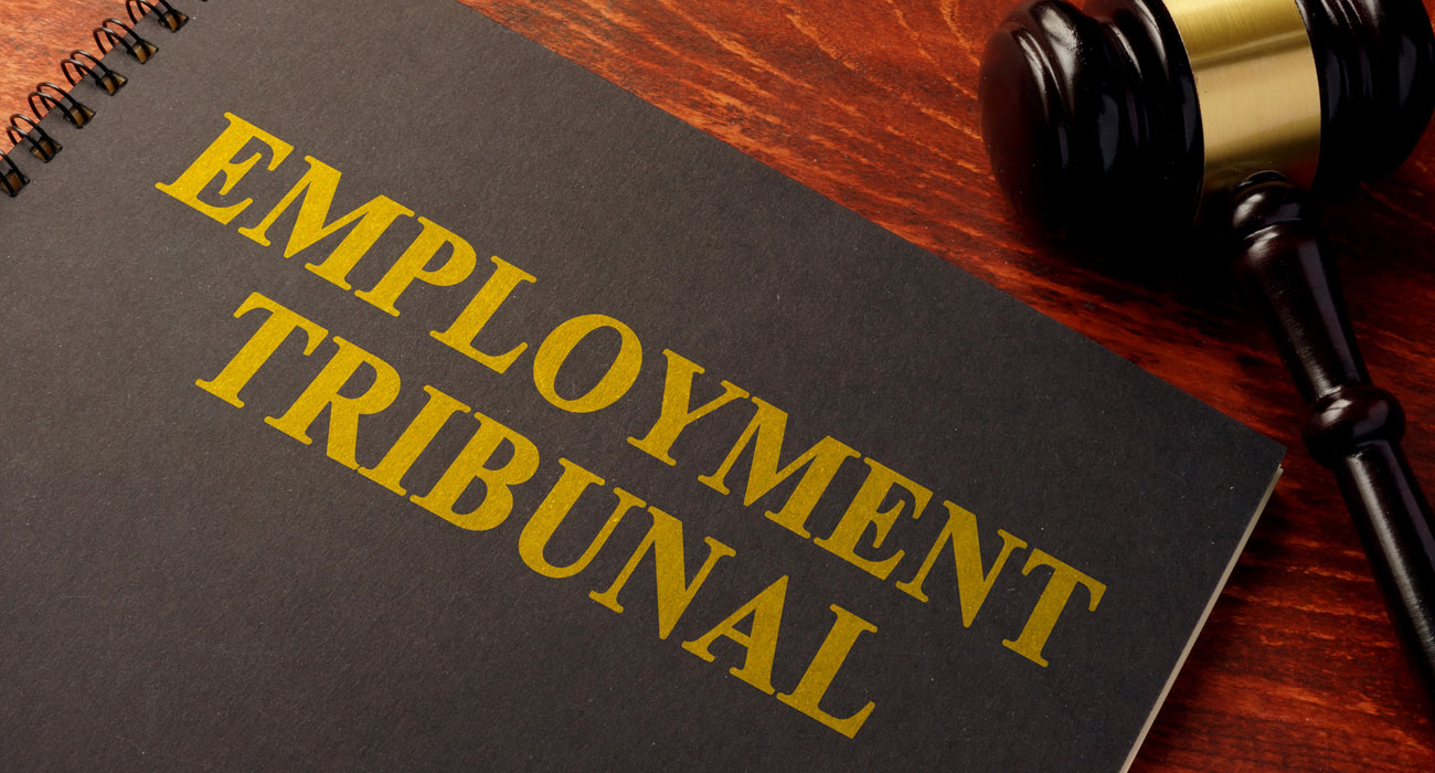 What are the main steps in the Employment Tribunal procedure